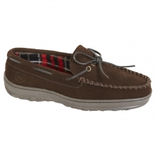 Men's Brown Moccasin Slipper Adjusts to Your Feet for Personalized Fit If you appreciate shoes that provide comfort and great construction, you'll definitely like this Craftsman men's brown moccasin slipper. Made with your lifestyle in mind, it features a design that is both fitting for indoor and outdoor wear. This attractive moc slipper has an upper made of genuine leather suede and a plaid lining that adds finesse and style. It gives you a laid-back casual look that you can wear with anything from jeans to a pair of shorts. The men's brown moccasin slipper is a well thought out design that provides both appearance and comfort. The memory footbed inside the shoe molds to the contours of your feet to personalize your fit. Plaid lining is made of soft, fleece fabric that not only feels smooth but keeps feet warm too. The outsole is fashioned from durable rubber that can handle your most daring outdoor activities and still look brand new after years of wear.