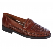 Get True Style in the Giorgio Brutini Huarache Slip-On Loafer for Men Style up the moment you step into these Giorgio Brutini Men's Napoli Huarache loafers. A satisfying blend of form and function, the shoes make it easy to complete your look. Combining rich, smooth leather construction in a moc style, the footwear will have your feet covered for any occasion from the city sidewalks to the concert halls. A reliable and confident choice for work to weekend wear, the Giorgio Brutini slip on loafer for men delivers. Style elements like criss-cross uppers and intricate stitching details will not go unnoticed and comfort details like support and superior airflow will keep your feet dry and fresh for long hours. Easy to slip into and out of, you'll love the convenience of these dress shoes especially when you're in a rush. Get the total package in Giorgio Brutini shoes.