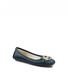 Classic contemporary cultworthythe Fulton ballet flat is a favorite of onthego girls everywhere. Inspired by a moccasin silhouette the refined shape features feminine contours and supple Saffiano leather for a luxe feel. Sleek enough to fit into your tote this pair is ideal for crosstown meetings and city commutes. Slip them on with skinny jeans and a relaxed blouse during warm daysrunning errands has never looked so chic. Size: 7.5. Color: Navy.