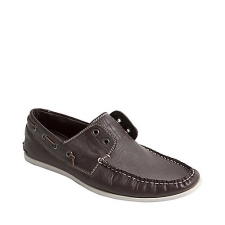 Step into hip casual style with these laceless boat shoes. A preppy classic with a modern twist. Strike the right balance between the old and new schools with these smooth leather boat shoes with contrasting rubber sole. Man-made upperMan-made sole* All CLEARANCE Items are Final Sale. No Refunds, Returns or Exchange.